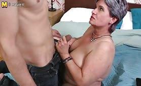 Puttana matura trivellata dal suo nipote